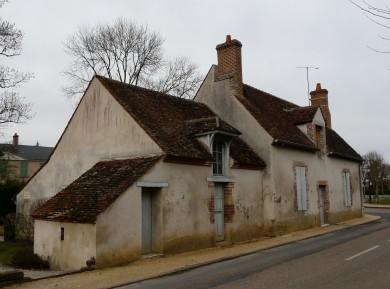 Forêt d'Orléans : Maison éclusière à Vitry-aux-Loges
