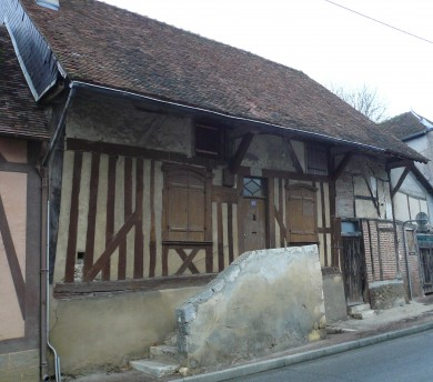 Gâtinais : Corps d'habitation à Saint Maurice sur Aveyron