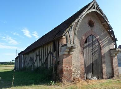 Val de Loire : Grange remarquable à Cléry Saint André